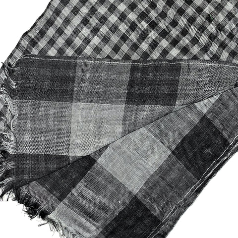 Pahkahmah 2-Sided Scarf - Small & Large Black Check