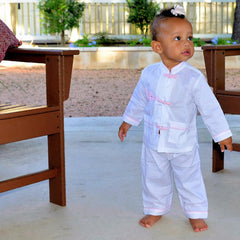 Cotton Pajamas with Snapping Frog Buttons - White with Pink Gingham Elephant (3 Years)