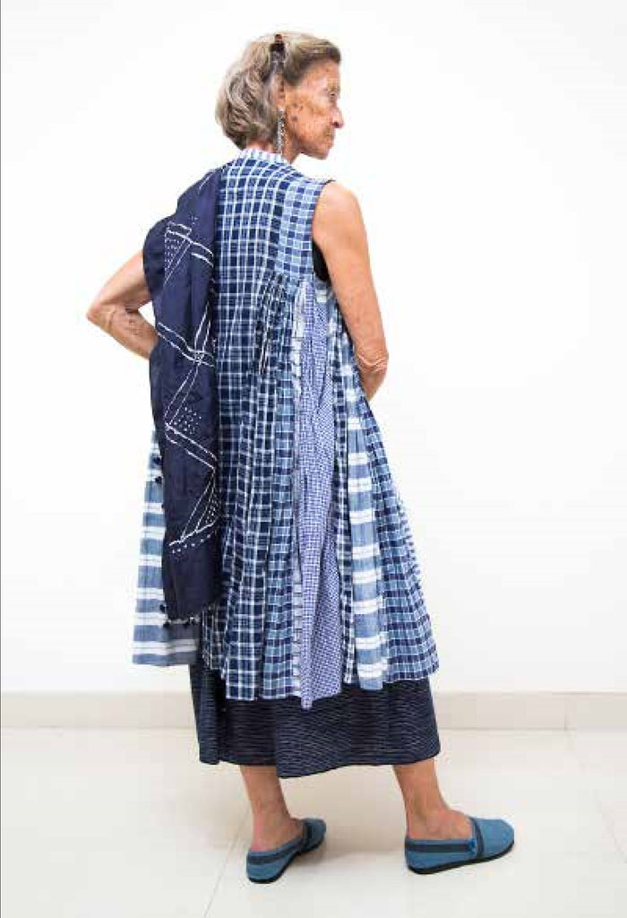 injiri Boro 14-Sleeveless Navy Dress
