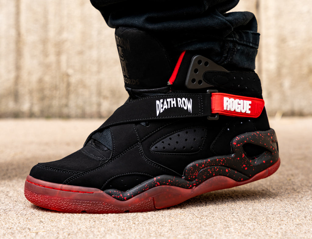 Ewing Death Rogue on foot