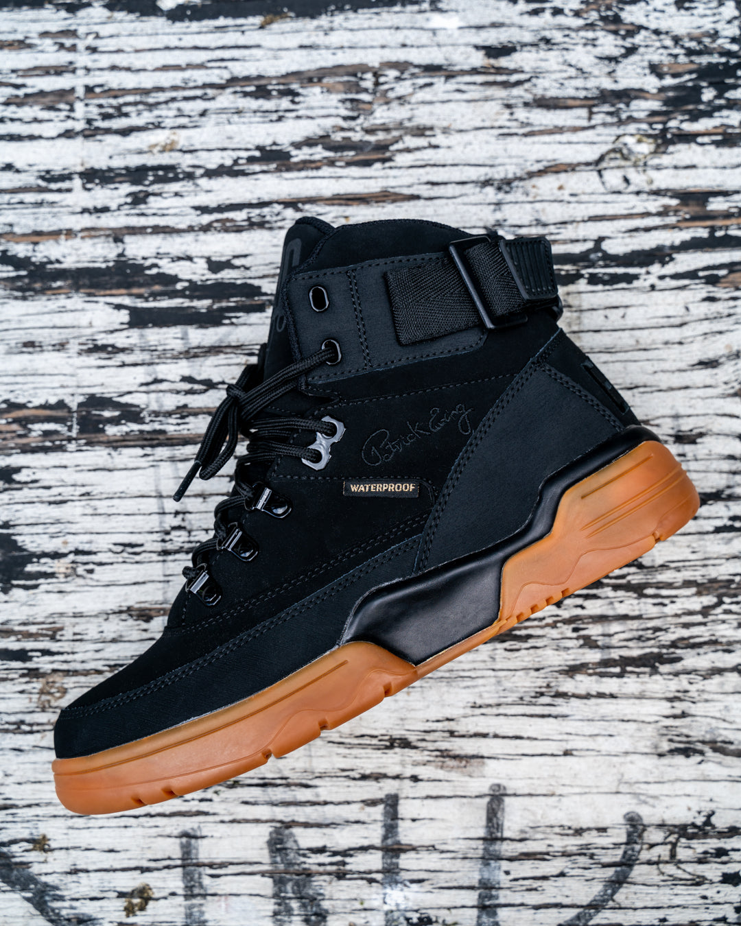33 HI WINTER Black/Gum