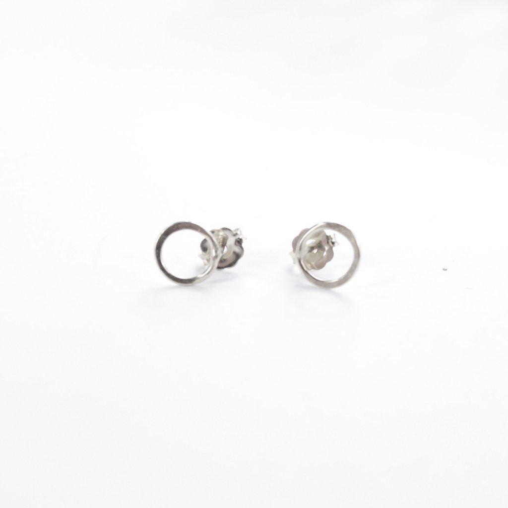 Circle Outline Studs Silver