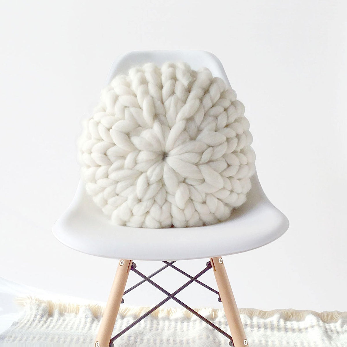 Hand Knitting 101 - Round Pillows