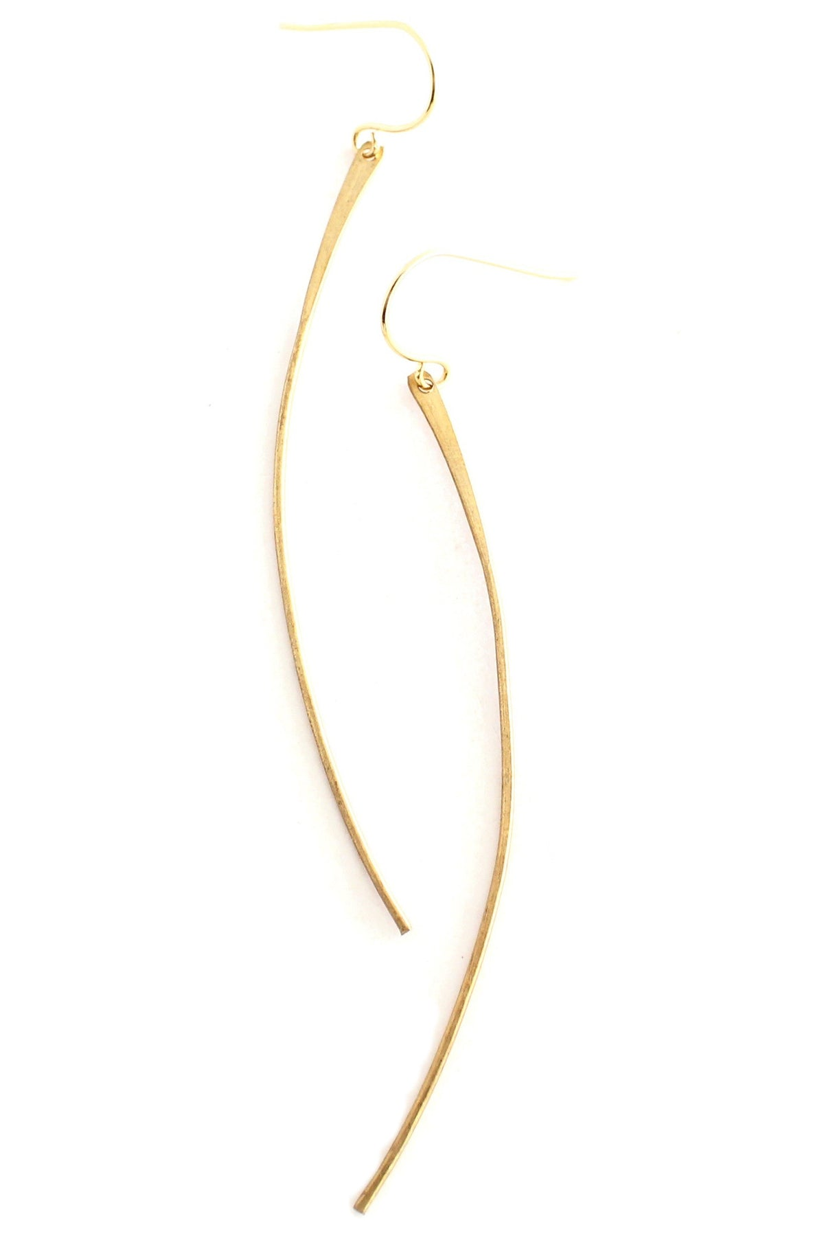 Lyon - curved long brass earrings