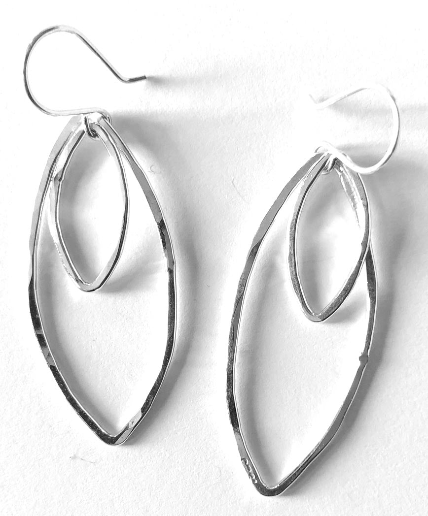 two leaves earrings