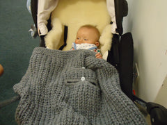 Harness anchored blanket knitted in bamboo - TiggiesTinyToes