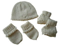 Prem baby hat, mitts and bootees set