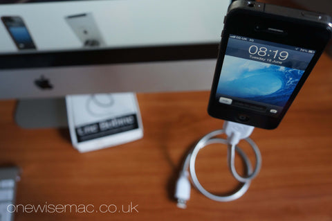 Une Bobine for iPhone - Sync and Charging Cable