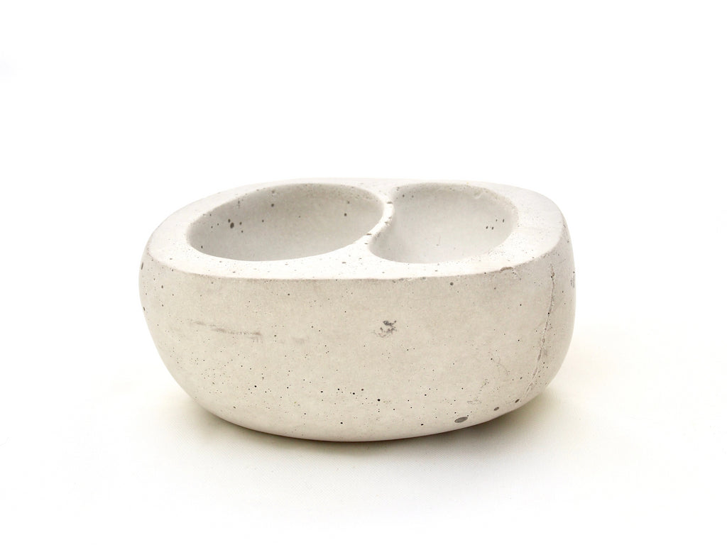 The Stephanie bowl, small lt grey concrete, two nestled indentations