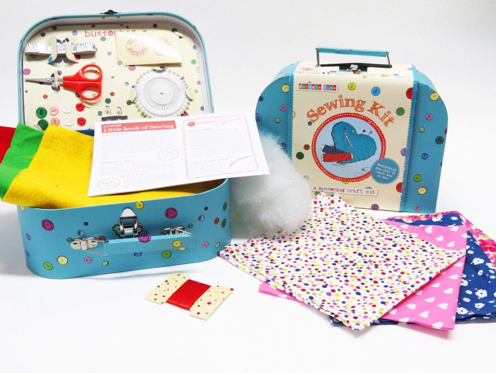 Buttonbag 8 Plus Sew Suitcase