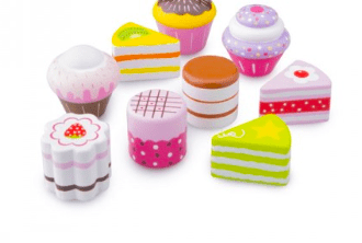 New Classic Toys 3 Plus Petit Four Cake Set