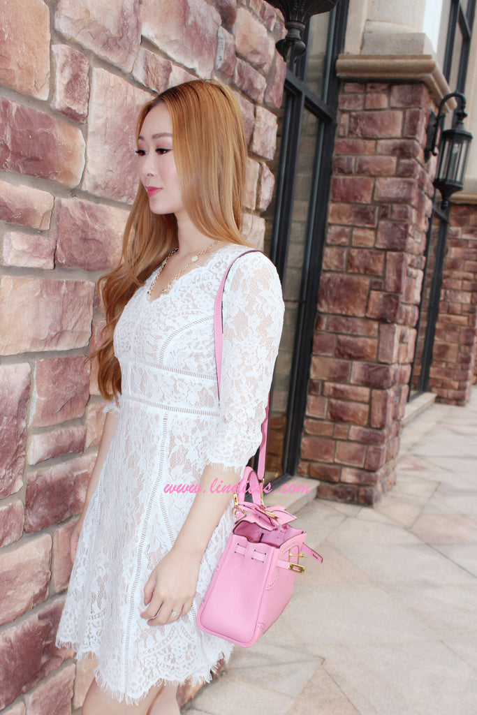 SWEET FLORAL V NECK LACE DRESS