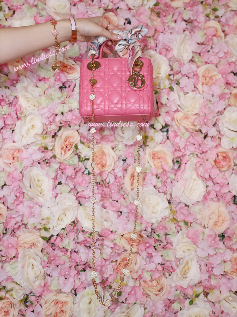 CAMELLIA LOVE BAG CHAIN