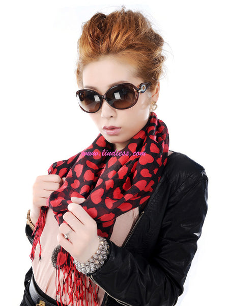 RED HEARTS SCARF