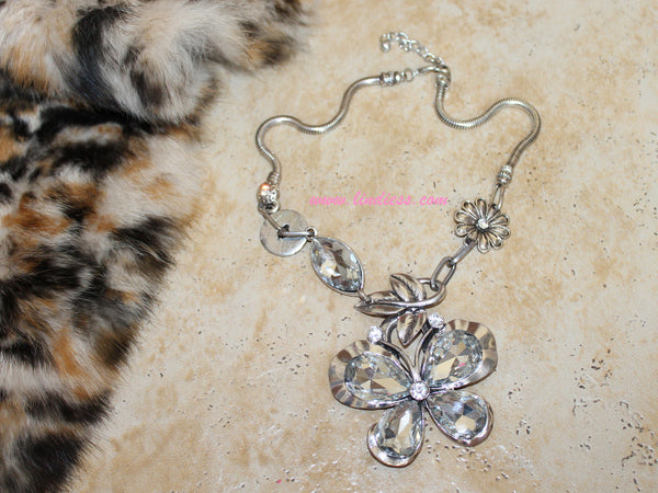 VINTAGE SILVER BIG BUTTERFLY BLING NECKLACE
