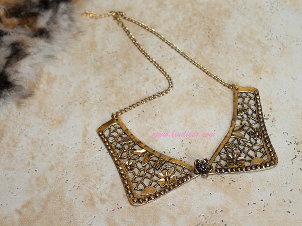 GOLD BIB ANGEL WINGS NECKLACE