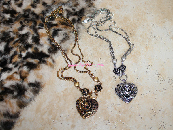 VINTAGE SILVER LONG HEART ROSE NECKLACE