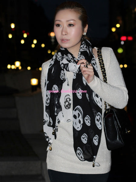 SOFT SKULLS SCARF - BLACK