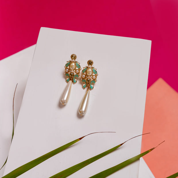Royal Affair Earrings ER-146