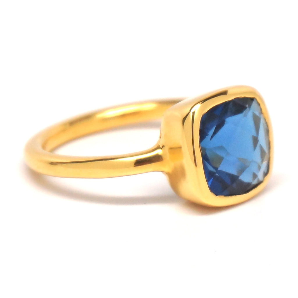 Dark Blue Quartz Square Gold Ring