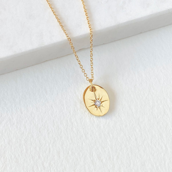 Star Oval Pendant Necklace