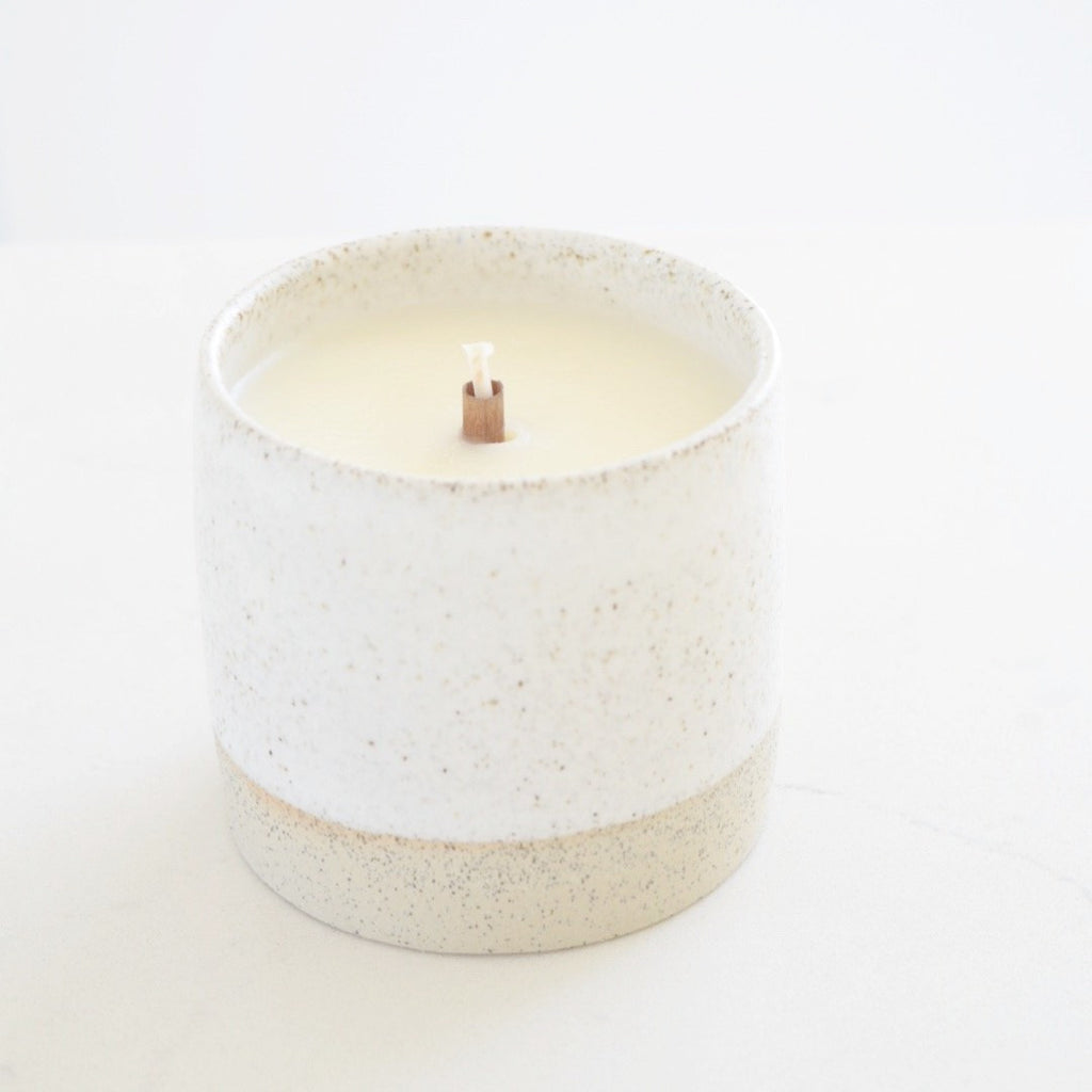 honey blossom clay candle