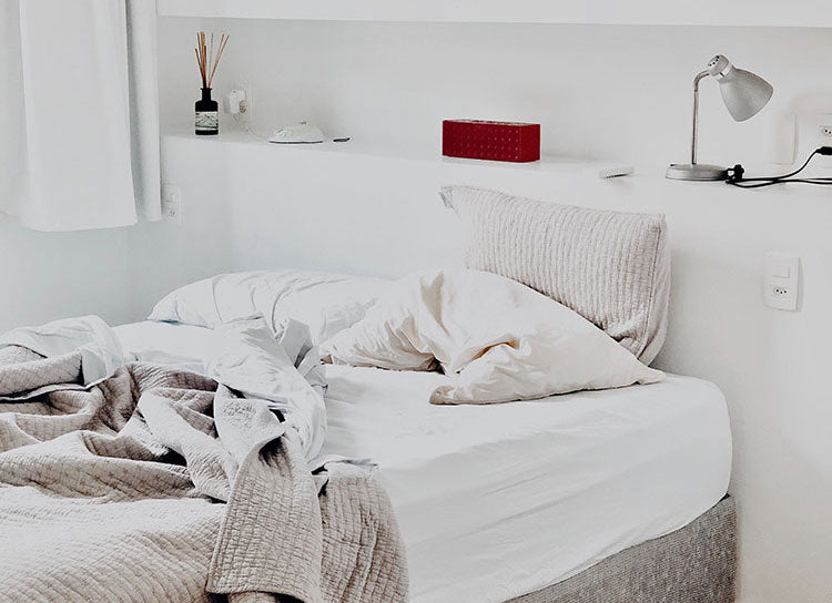 10 Things to do to Spring Clean your Bedroom in 2 Hours