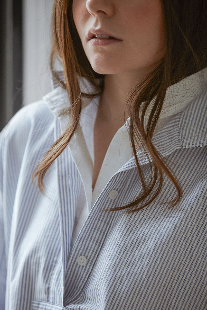 Close up on collar of best selling Short Sleep Shirt layered in Blue Oxford Stripe cotton and White Linen