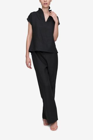 front view t-shirt top lounge pants pajama set black linen by the Sleep Shirt