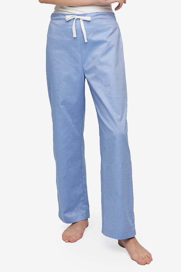 The Lounge Pant by The Sleep Shirt has a drawstring front waist and a elastic back waist to ensure the best fit possible. Made from a long-lasting and comfortable blue oxford shirting.