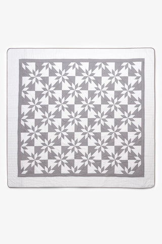 Amish Patchwork Duotone Queen Quilt Grey/White