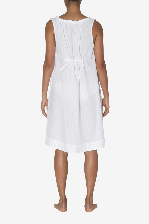Sleeveless Nightie White Seersucker - EUROPE
