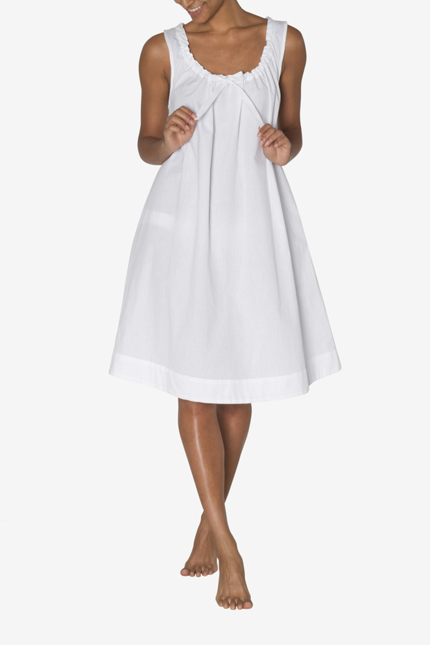 Sleeveless Nightie White Seersucker