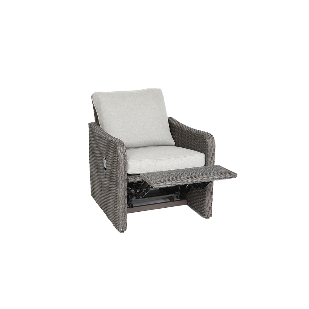 Arcadia Motion Recliner in reclining position