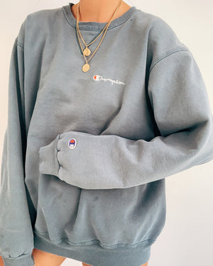 Vintage Champion Crew Neck Sweatshirt (S-XL)