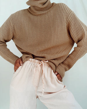 Vintage Italian Wool Ribbed Turtleneck (S-M)