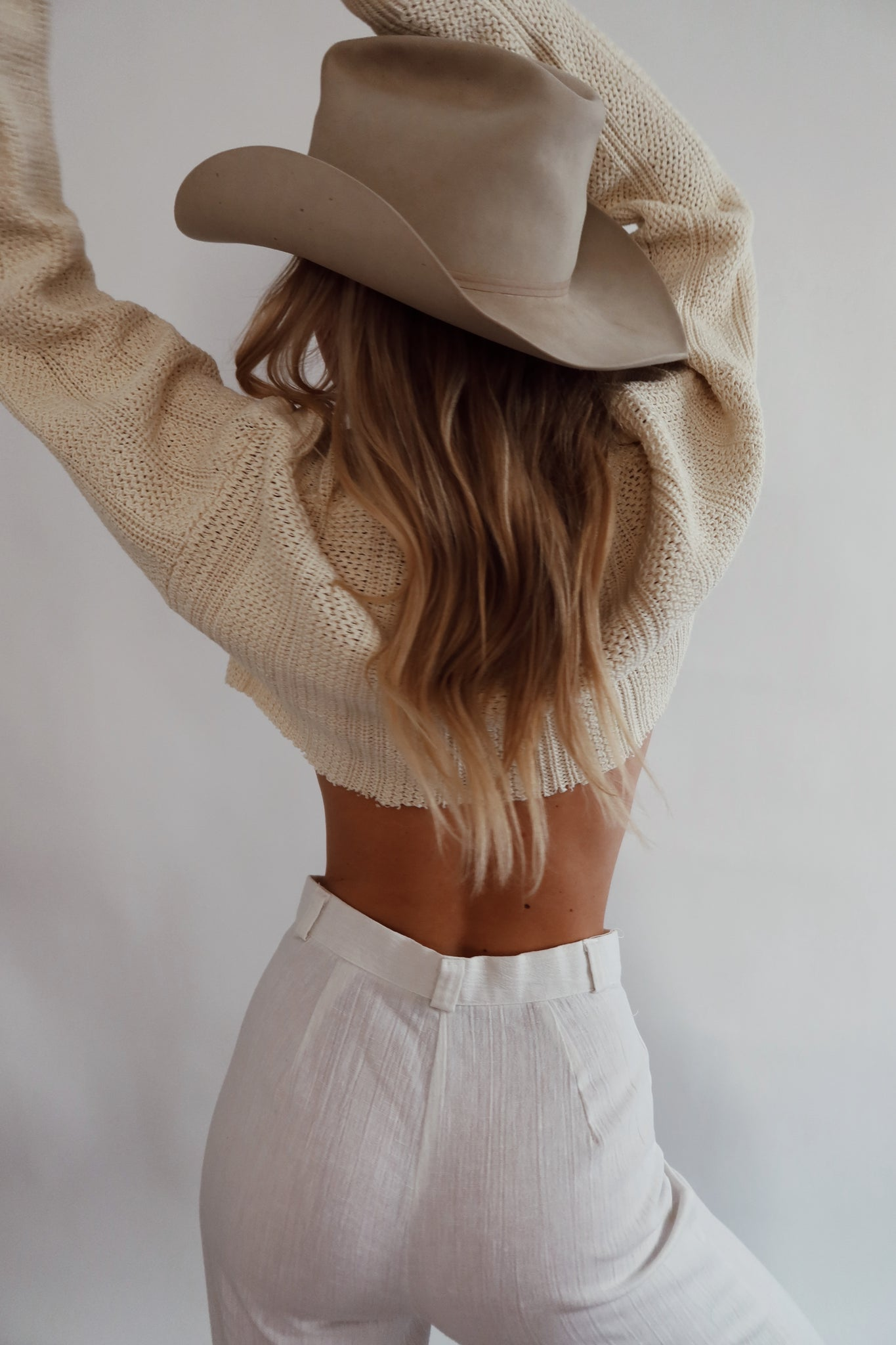 Cropped Cream Knit (S-M)