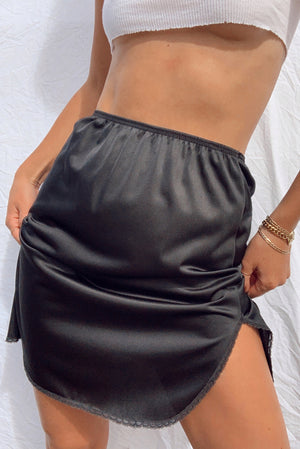 Black Silky Mini Skirt (XS/S)