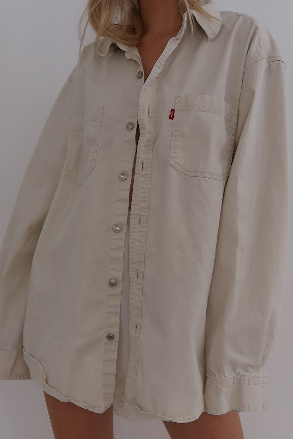 Levi's Button Up (S-L)