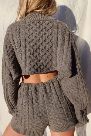 gray knit henley sweater set (S-M)
