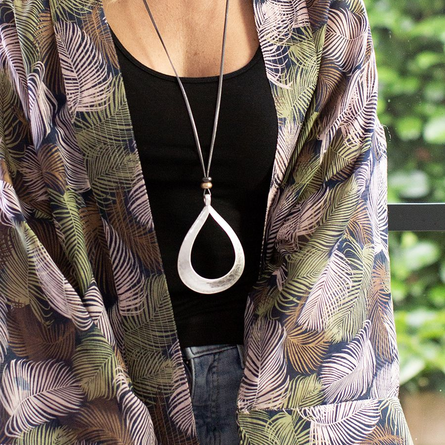 Large teardrop pendant
