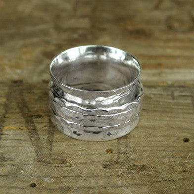 Hammered Spinning Ring