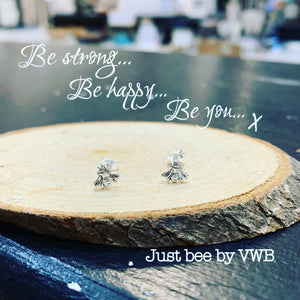 Just bee earrings