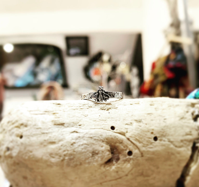 Just bee silver ring