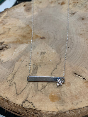 Just bee silver bar necklace