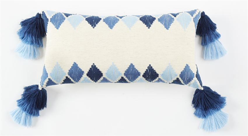 Lumbar Tassel Diamond Pillow