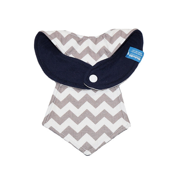 Kinderbib Baby Neck Tie Bib Gray Chevron Back