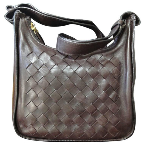 Vintage Bottega Veneta dark brown lamb leather classic intrecciato shoulder bag. Perfect masterpiece purse for daily use.