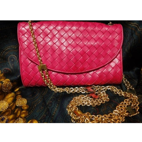 SOLD OUT: Vintage Bottega Veneta intreciato clutch purse in bright pink. So chic and gorgeous.