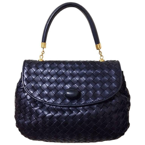 MINT. Vintage Bottega Veneta intrecciato pearl navy woven lambskin handbag. Leather turn-lock closure